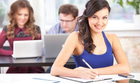 Stingrākas prasības darba tirgū stimulē darba ņēmējus uzlabot savas profesionālās iemaņas