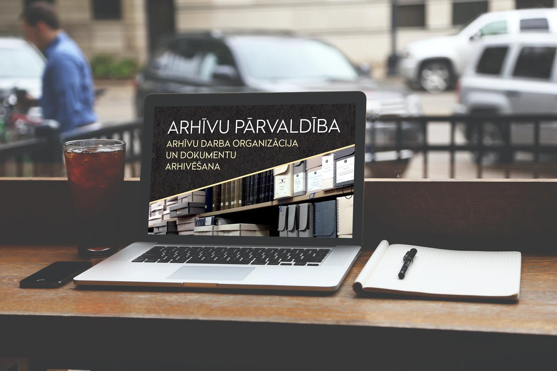 Arhivu pārvaldība